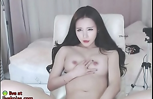 Sweltering Korean teases with her sexy body