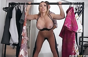 Dressing Room Poon - Chessie Kay - On the move SCENE on http://bit.ly/BraSex