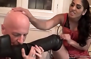 Indian Mistress Sahara Knite makes their way sub lick their way charwoman