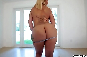 Blonde MILF hottie Nina Kayy birthday sex be advisable for stepson