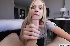 Sucking big cock before be transferred to big post