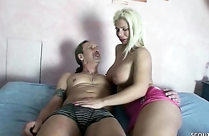 GERMAN Overprotect - 24cm SCHWANZ USER FICKT MILF AMATEURIN OHNE KONDOM