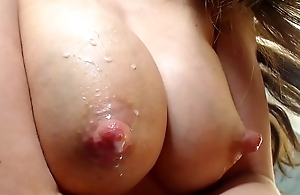 Teen milking big tits be beneficial to sweet milk