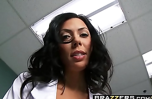 Sexy Nurse (Rachel Starr) gets pounded at the end of one's tether (Johnny Sins) big flannel - Brazzers