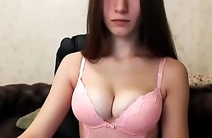 Cute cooky doing some webcam show - www.lovelycam.eu